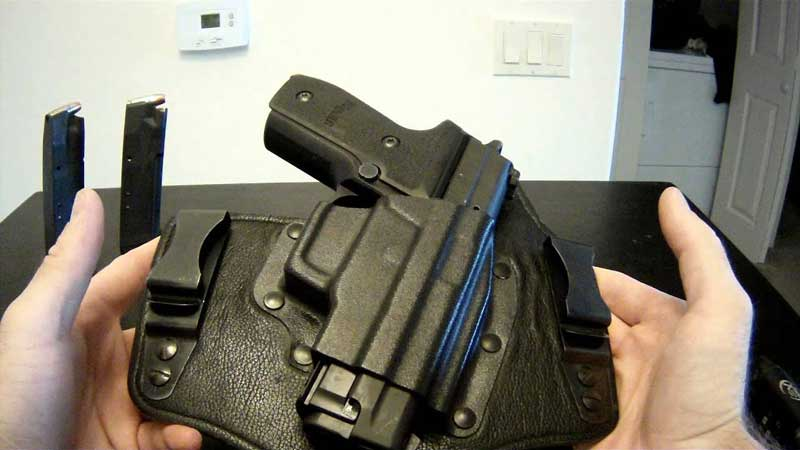 Best-Holster-For-Sig-P229
